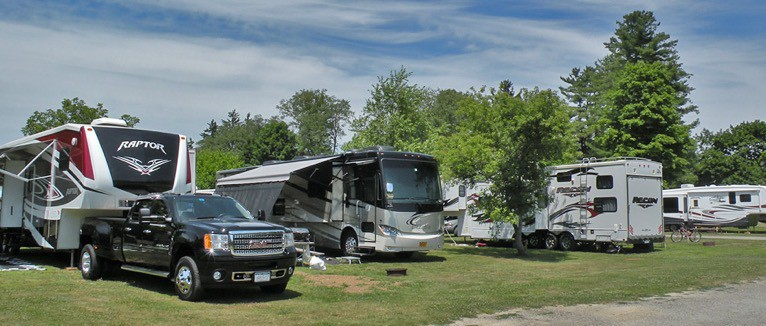 RV meetups with other campers
