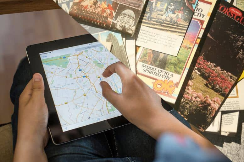 Electronic Maps vs Traditional Maps