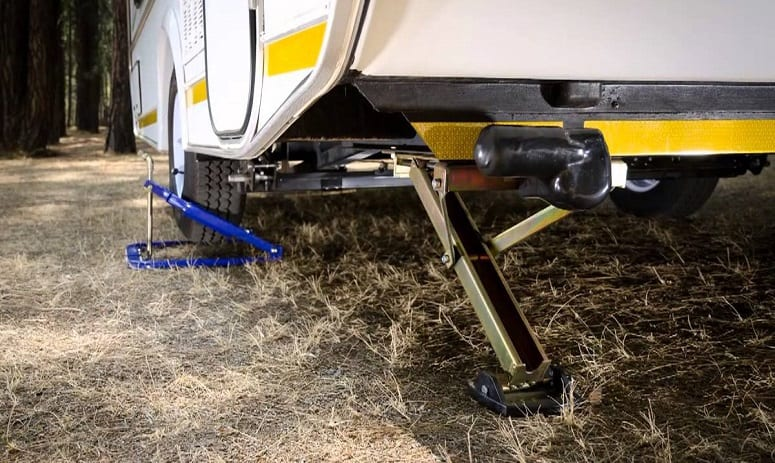 5 Best RV Stabilizer Jacks [Reviewed] - 2019 Edition