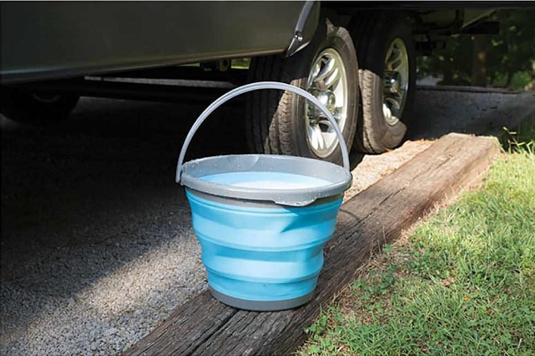 5 Gallon Collapsible Bucket