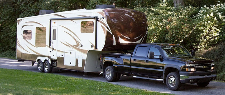 Fifth Wheel Vs. Class A Motorhome: 9 Pros and Cons 2