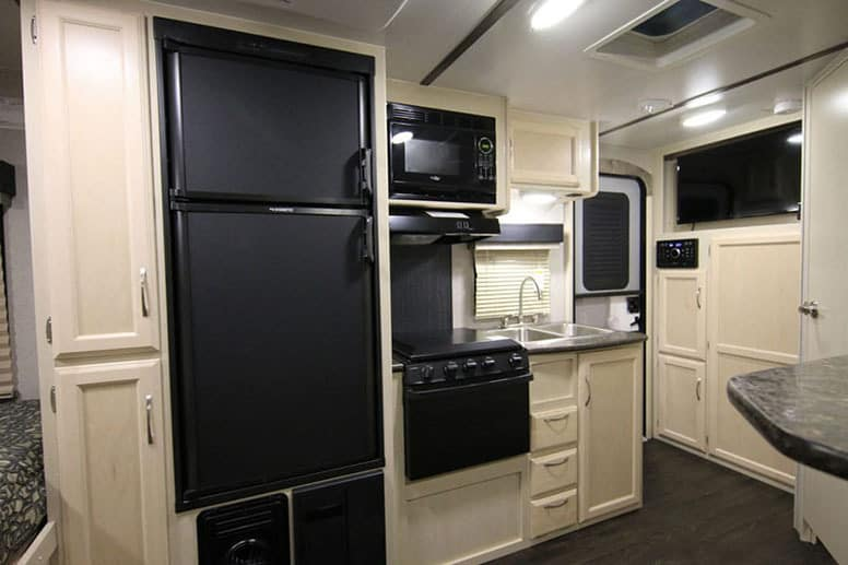 Winnebago Micro Minnie 2106DS Storage