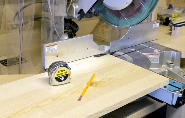 Measuring And Cutting Shelf Spreaders