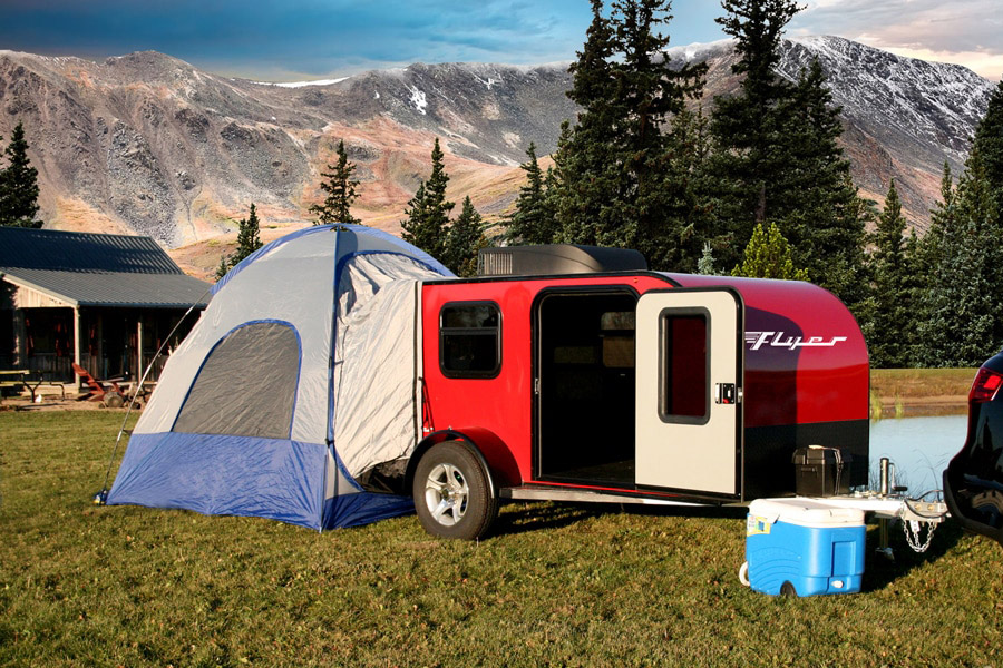 TRAVEL TRAILER CAMPING GUIDE FOR BEGINNERS
