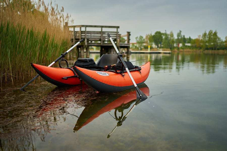 Best Fly Fishing Pontoon Boats Reviewed For Better River Navigation
