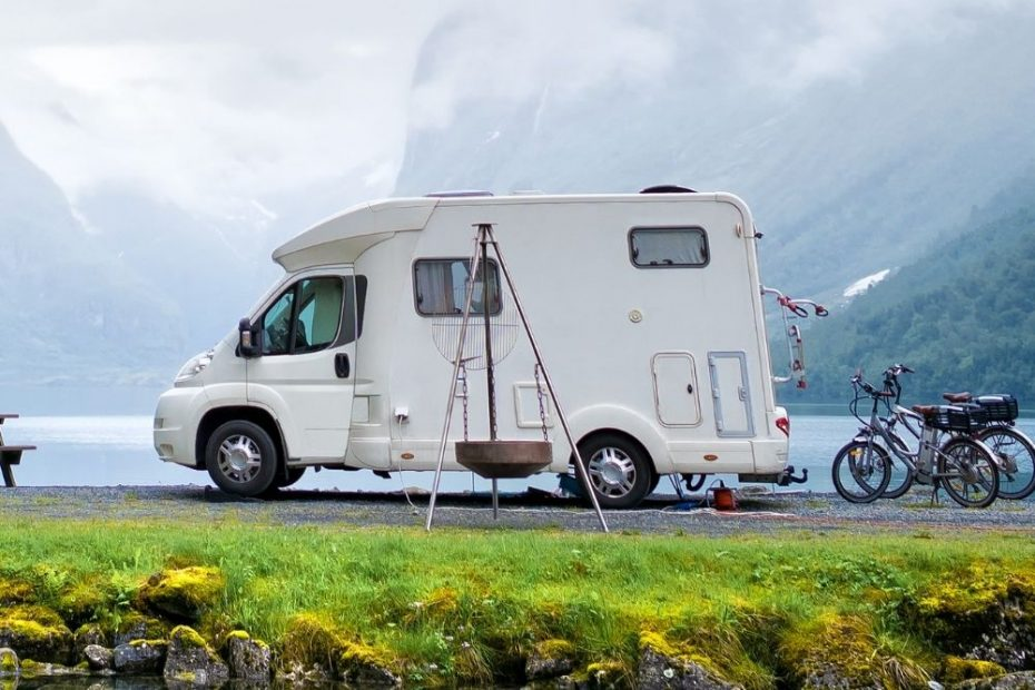 How Tall Are RVs? RV Heights Explained With Examples 10